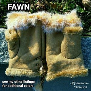 $12 ADD ON - Fawn Faux FUR Fingerless Gloves